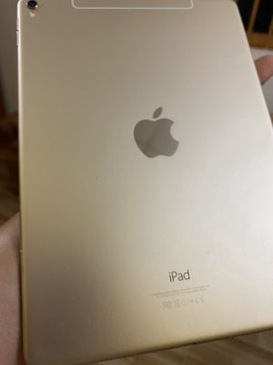 Bán Ipad Pro 9.7 inch, zin, 256gb cảm ơn đã xem ti