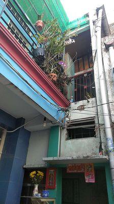 nhà 1 trệt 1 lầu 42m2 đường Nguyễn thần hiến, p. 1
