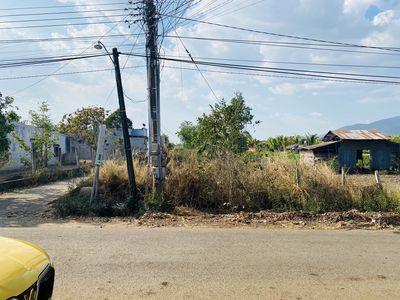 Đất 2 mặt tiền gần chợ Lang Minh, 200m2 thổ cư
