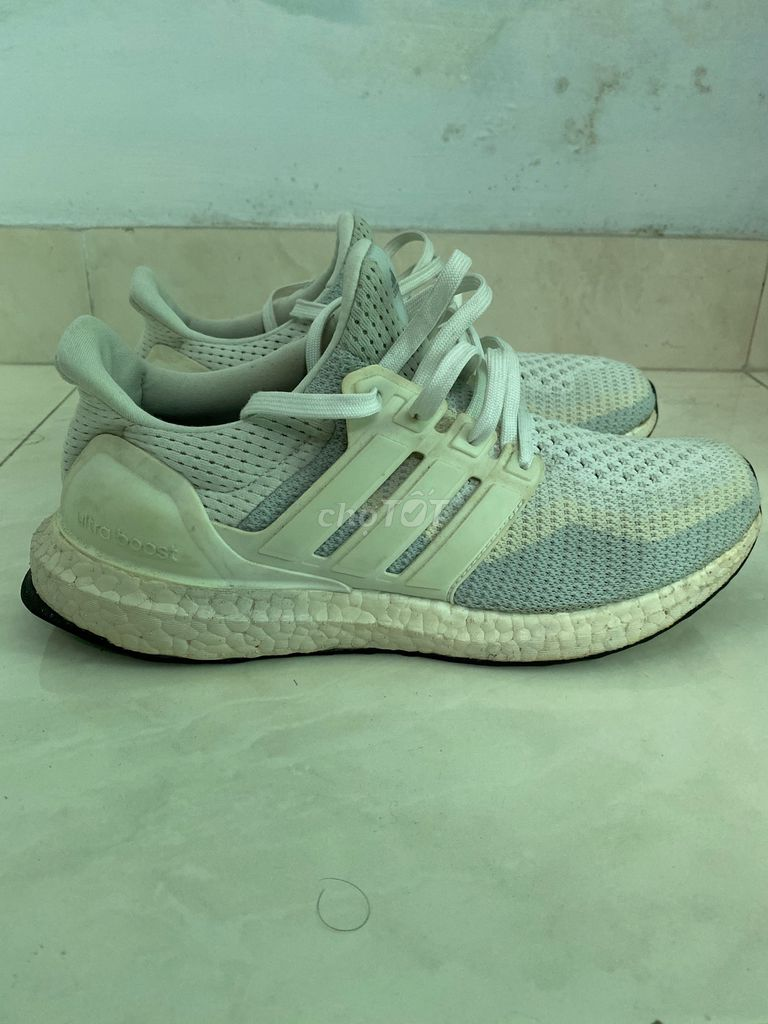 "Giày Adidas Wmns Ultra Boost 2.0 ""White Gradient"""