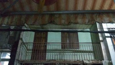 Nhà Mặt tiền 100 m2, Đ. Lạc Long Quân, P. TQD