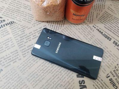 Samsung Galaxy Note FE Đen dùng kỹ