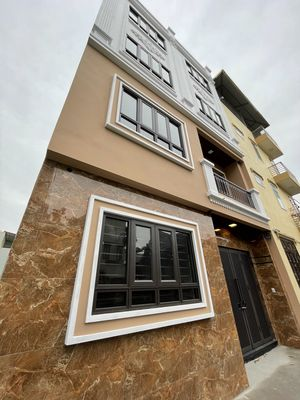 Nhà xây mới 5 Tầng tại xuân Phương, làng ngọc Mạch