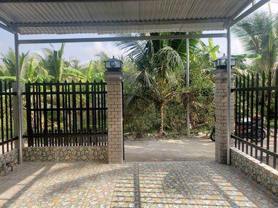 Nhà mới, mặt tiền hẽm, Hữu Định, Gần Ngã 4 tuầnđau