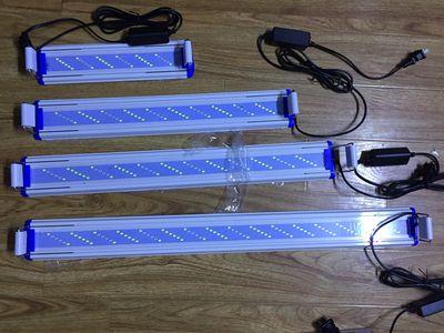 Đèn led 6 hàng bóng 3 chế độ