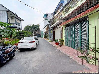 Ban nhà 3 tầng 90m2, gara oto, ngõ 15 Khúc Thừa Dụ