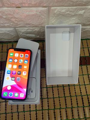 Iphone 11 xanh ngọc 64GD chính hãng còn bh 5 tháng