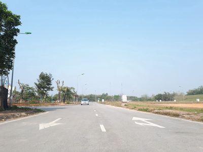 Bán 85m đất đấu giá cầu vĩnh thịnh, Sơn Tây.