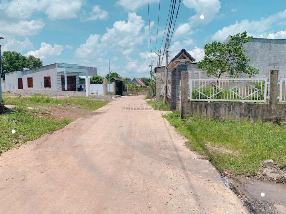 Bán gấp lô đất Sông Trầu, Trảng Bom gần UBND xã