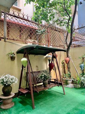 Chính chủ bán nhà mặt phố quảng Khánh Tây hồ