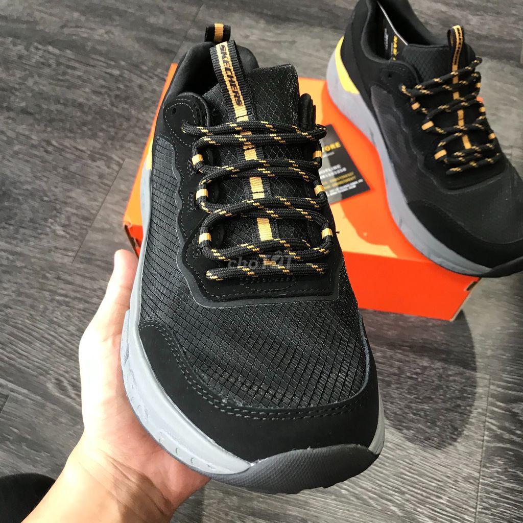 0981525258 - giày Skechers chính hãng ,  size 42