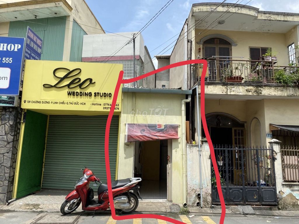 0776937873 - bán nhà củ nằm trung tâm mặt tiền đường