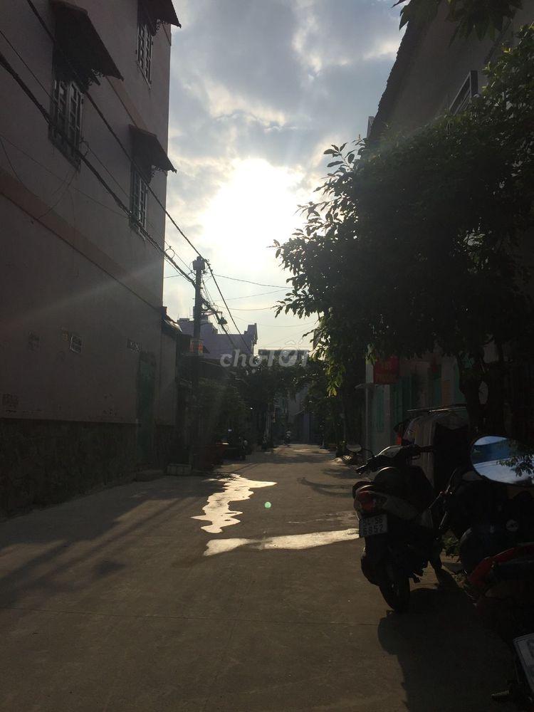 Cần chuyển lô đất Nguyễn Ảnh Thủ, Hooc Môn, SHR