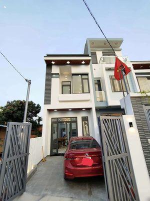 Nhà ở Huỳnh Văn Lũy, TDM, DB