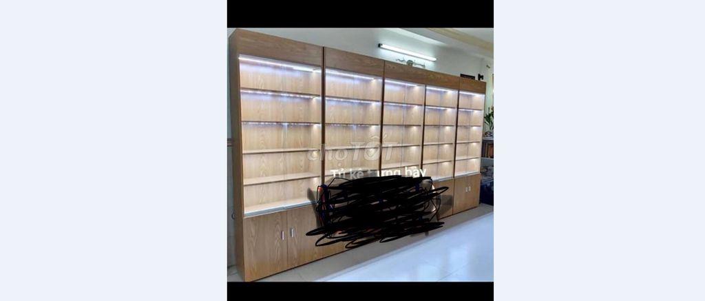 0932198106 - tủ trưng bày túi xách , phụ kiện ,đồ chơi .new