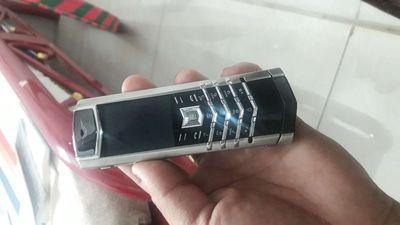 Điện thoại cao cấp xách tay Singapore.
