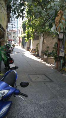 Nhà Trần Cao Vân , phường 6 ,Q3 .trệt lững 2 lầu