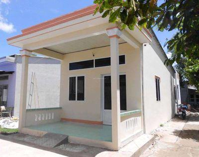 Nhà mới hẻm bê tông âu cơ 250m2 giá chỉ 900tr