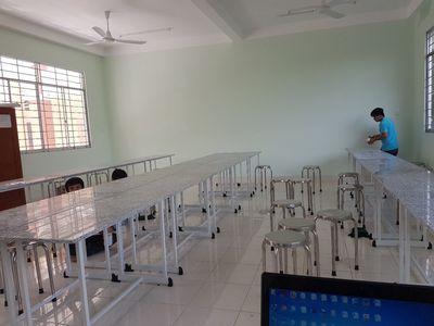 Tuyển Kỹ Thuật Cho CTY Bán Thiết Bị Trường Học