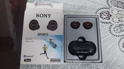 Tai nghe Bluetooth Sony loại 2 tai rời, có hộp sạc