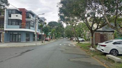 Bán đất mặt tiền Lê Duy Lương