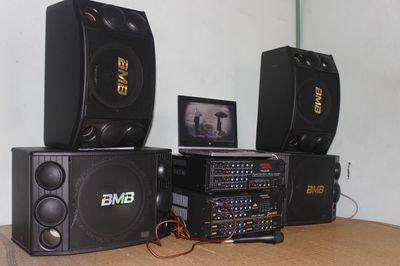 Dàn Karaoke: Amly Komi 506 - Loa BMB 2000, mic hat