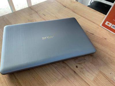 Asus A540U I3 7100U ram 4G SSD120 vga ful HD 1080