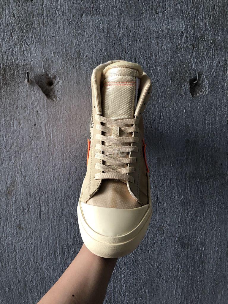 Giày cổ cao size 44
