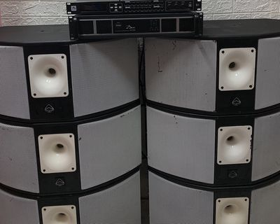 Loa bãi Anh Wharfedale 2 bass 25 chuyên karaoke