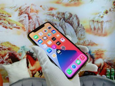 iPhone 11 64G Vàng Quốc Tế 99% BH 3T có Trả Góp