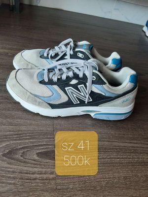 Giày New Balance size 41