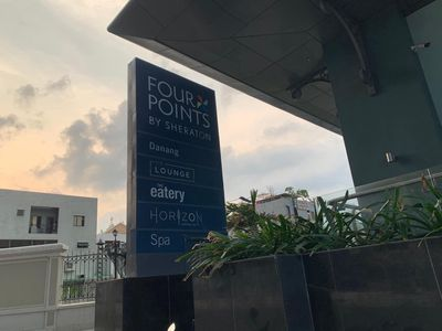 CĂN HỘ Luxury four poins giá rẻ hướng biển