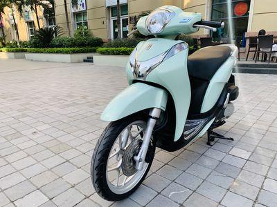 Honda SH Mode 125Fi xanh ngọc 2017 nhà ít đi