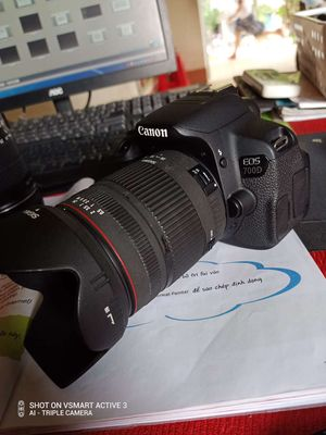 Sigma 28-300 f3.5-6.8 trong vắt