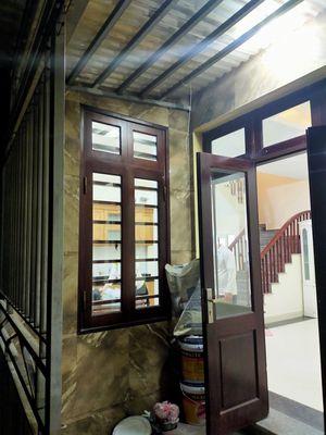 Cần bán ngôi nhà 4 tầng diện tích 50m2 tại xã Hữu