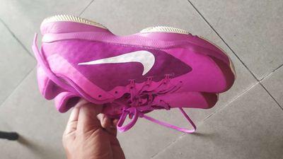 Giày tennis nữ size 39