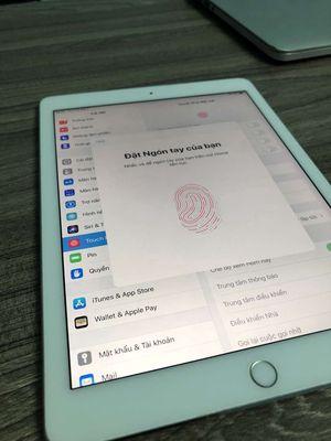 Apple iPad Air 2 16 GB Zin Ken Như Hình, Còn Vân
