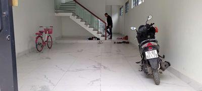 Nhà 4 tầng lô góc 75m2 có gara oto tại Thiên Lôi.