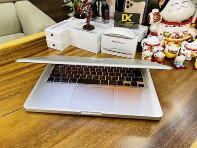 Macbook Pro 2011 Xách tay nhật zin nguyên bản