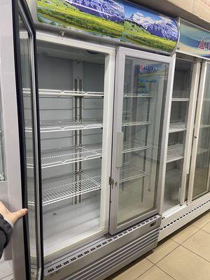 Tủ lạnh Alaska mặt kiếng 2 cánh 807l mới 91%