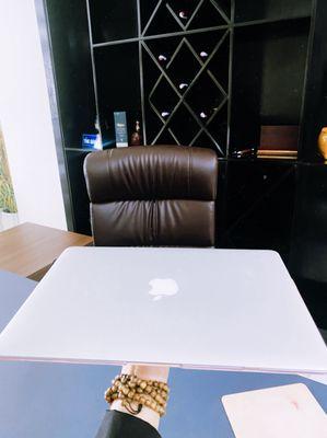 Apple Macbook Air 2017 Giá Rẻ
