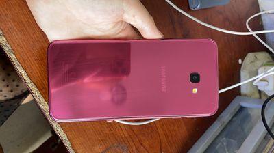 Samsung Galaxy J4 Plus màu hồng 99%