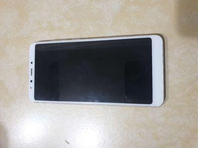Xiaomi redmi 5 công ty ram 3/32,máy 2sim 4G LTE