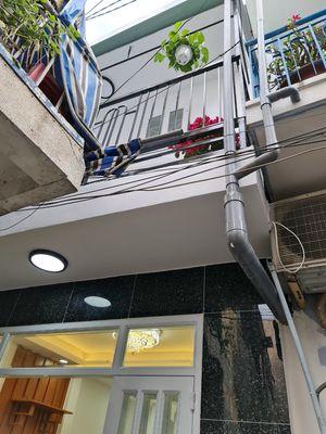 Nhà sát MT Bùi Minh Trực, 3,75x8m, trệt,  1lầu.