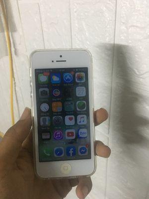 iPhone 5 kèm phụ kiện sạc , ốp , cường lực