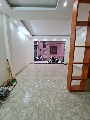 Nhà 6 tầng phố Phùng Khoang, MT 4.7m giá 7.7 tỷ