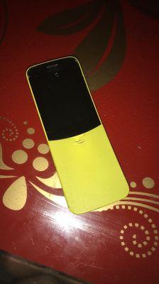 Bán Nokia trái chuối 8110 4G