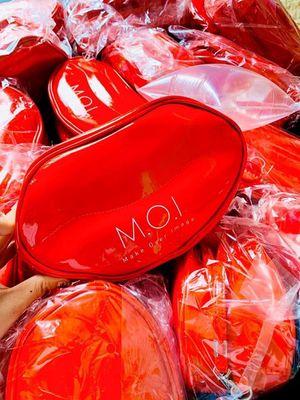 Túi đựng đồ trang điểm thời trang Son M.O.I