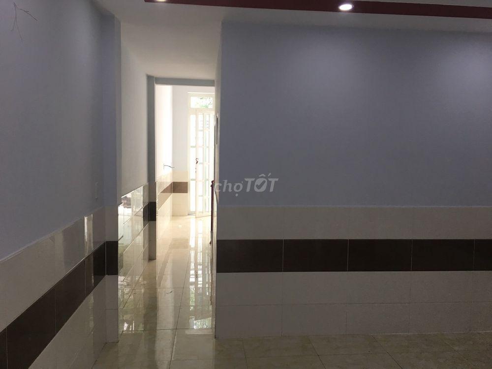 bán nhà cấp4 đúc lửng mặt tiền đường 5m  P.TCH Q12