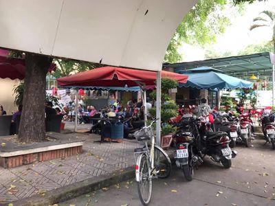 Cần sang quán cà phê sân vườn ngay trung tâm quận